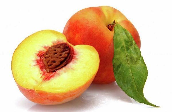Саженцы персика.